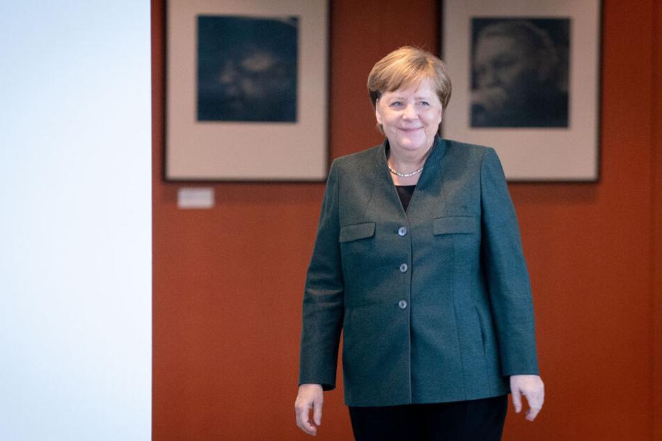 """Merkel-Besuch in Halle: """"Wir sind eine wissensbasierte Gesellschaft"""""""