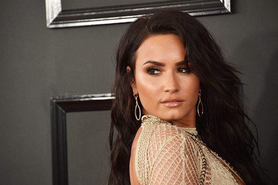 Demi Lovato musste in den letzten Wochen ganz schön was durch machen. Nun will sie wieder gesund werden.