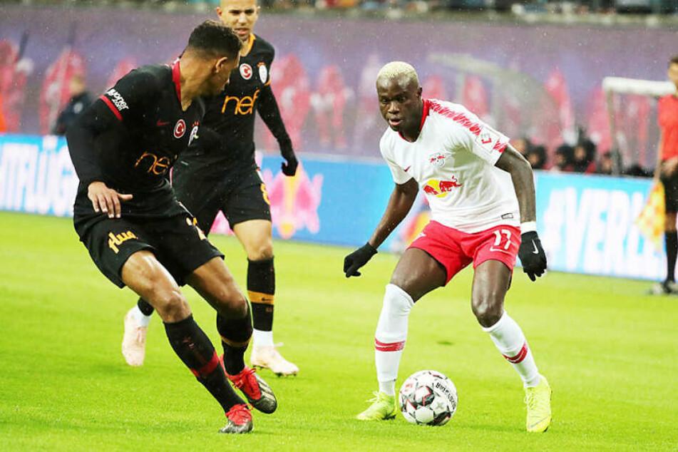 Bruma (r.) stand gegen seinen Ex-Klub in der Startelf, musste 20 Minuten vor dem Ende aber verletzt vom Platz.