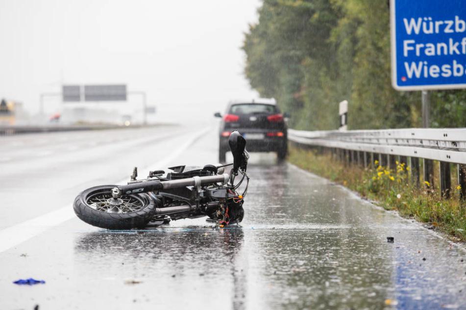 Der Autofahrer verlor die Kontrolle über seinen Wagen.