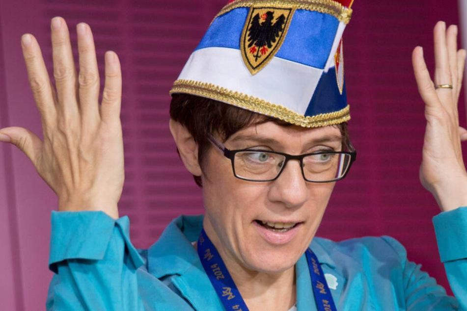 """Bekannt als """"Putzfrau Gretl"""": Kramp-Karrenbauer wird erste Karnevals-Sonderbotschafterin"""
