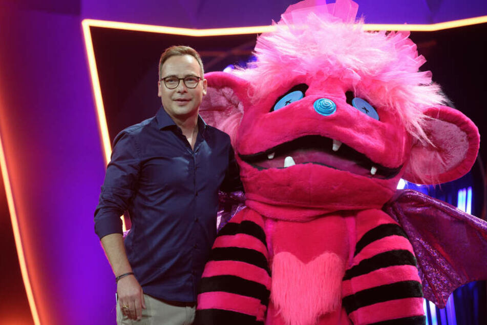 """Matthias Opdenhövel moderiert """"Masked Singer""""."""