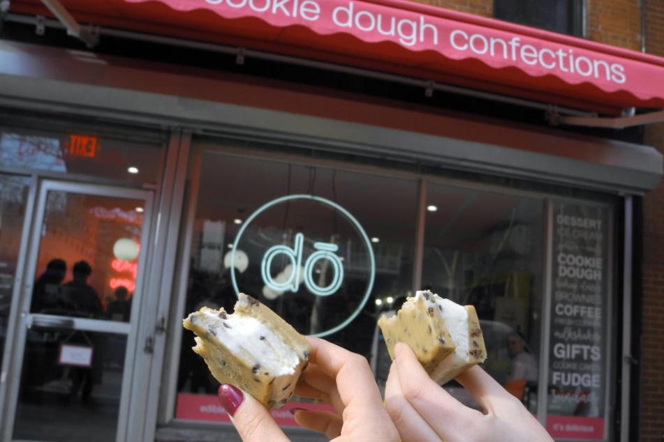 """Der New Yorker Laden """"Do"""" verkauft ungebackenen Keksteig."""