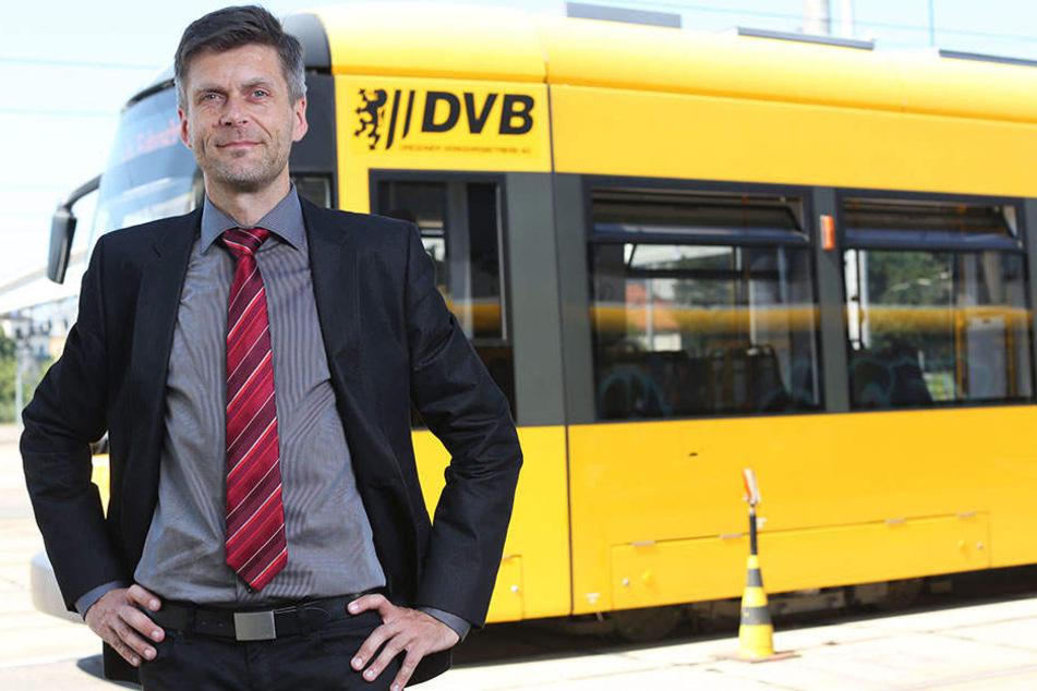 Steuerte in den letzten Tagen in der Frühschicht selber eine Straßenbahn: DVB-Vorstand Lars Seiffert (48).