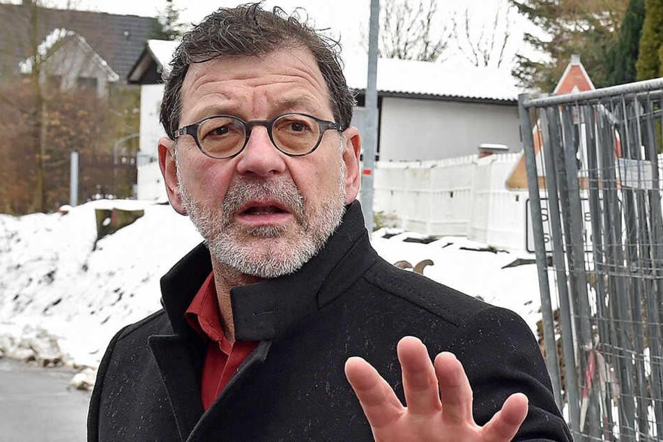 Reinhard Koettnitz (61), Chef des zuständigen Straßen- und Tiefbauamtes.