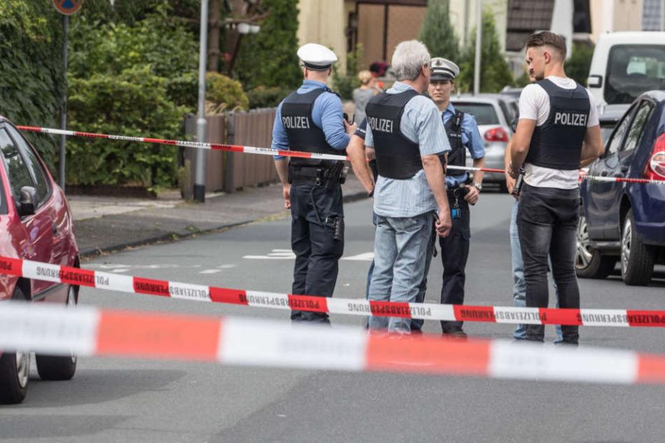 Der 43-jährige Mann wurde vor den Augen seiner kleinen Tochter erschossen.
