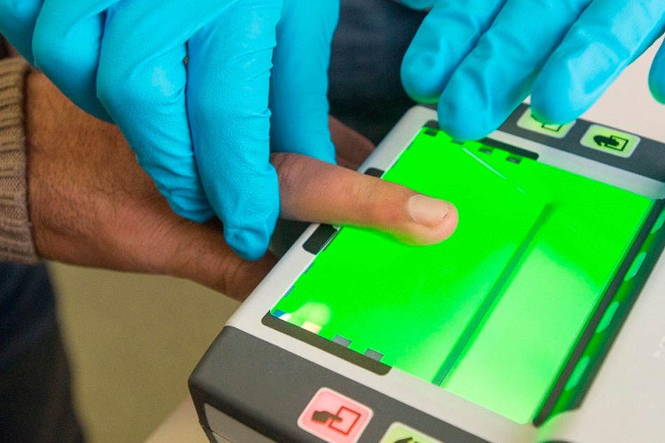 Fingerabdrücke werden zwar gescannt. Mit anderen Datenbanken sind die  Abdrücke der Stadt Chemnitz aber nicht kompatibel.