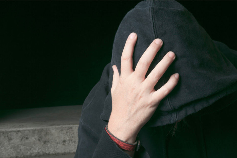 Der zur Tat 15-Jährige hat nach seinem Mord die Wohnung des Opfers in brand gesteckt. (Symbolbild)