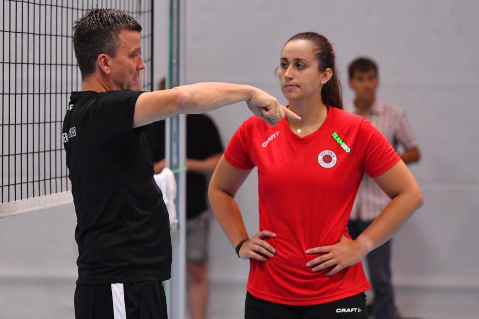 Bryanna Weiskircher, hier mit Trainer Alexander Waibl, wird ausfallen.