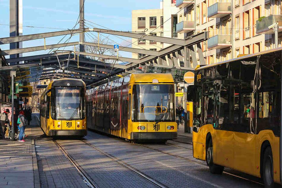 Zuverlässig auch in der Silvesternacht: Busse und Bahnen fahren zum Jahreswechsel dicht getaktet.