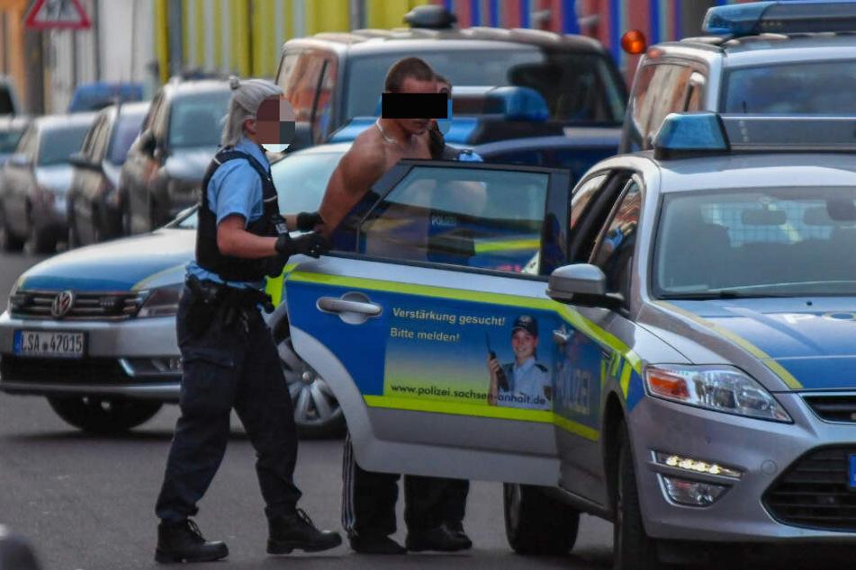 SEK-Einsatz: Brutalo-Duo schlägt mit Hammer auf Kopf des Opfers ein