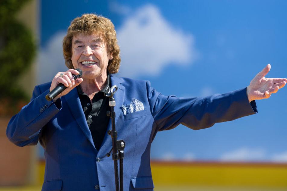 """Im Fernsehen ist Marshall seit Jahrzehnten Stammgast. Hier bei Live-Show von """"Immer wieder sonntags"""" im vergangenen Mai im Europapark Rust."""