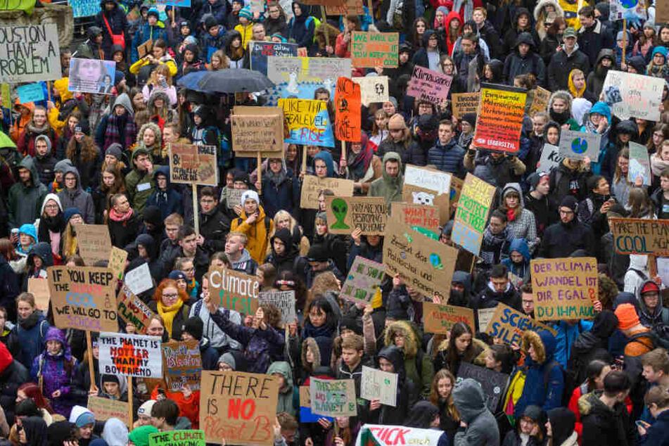 """""""Fridays for Future"""": Erneute Schüler-Demo in Chemnitz"""