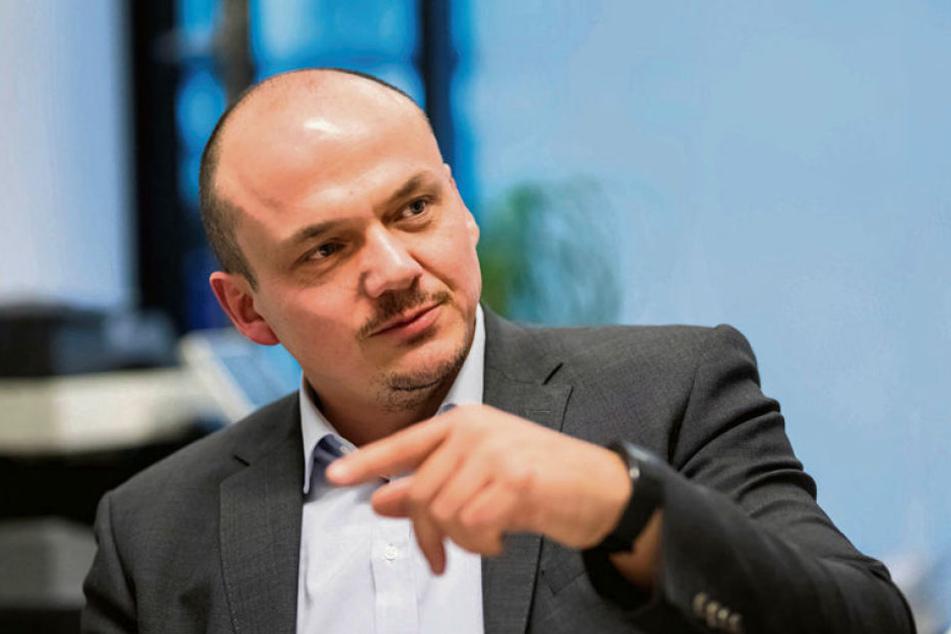 Linke-Geschäftsführer Sven Wöhl (44) fordert am Donnerstag im Stadtrat das Verbot von Glyphosat in Zwickau.