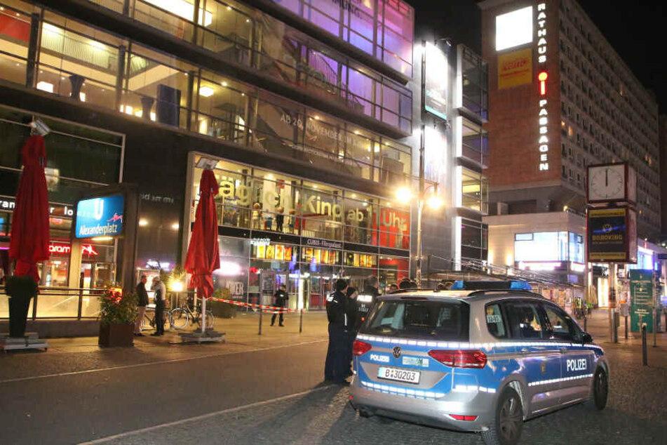 Brennpunkt Alexanderplatz: Mann erleidet schwere Kopfverletzungen