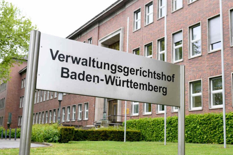Der baden-württembergische Verwaltungsgerichtshof in Mannheim verhandelt über die Schülerbeförderung in Baden-Württemberg.
