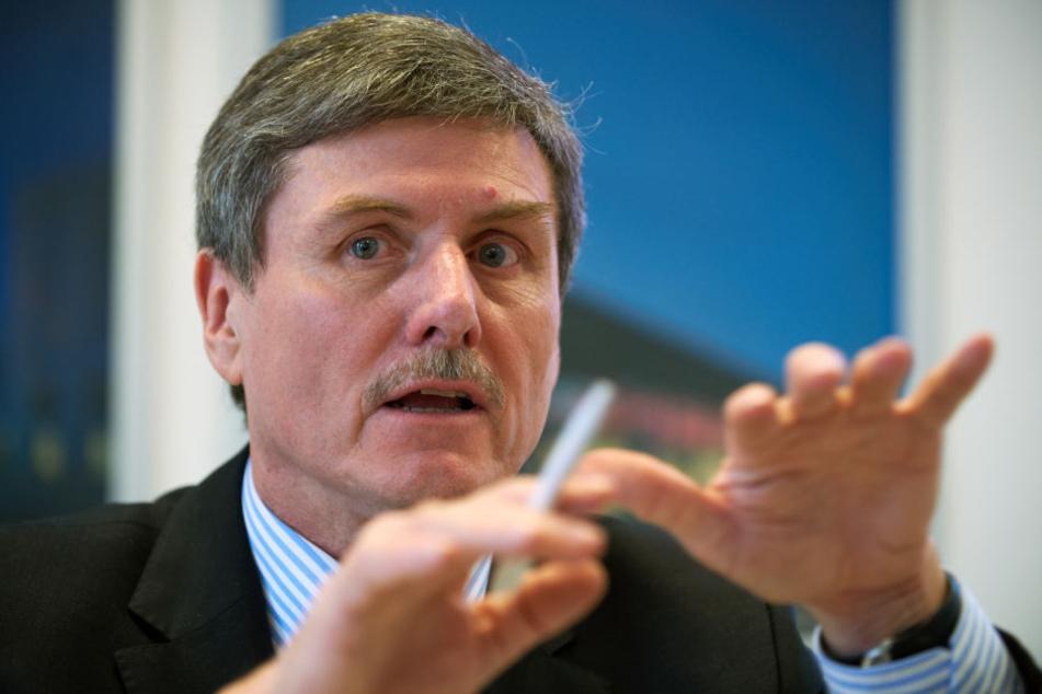 Der Automobilexperte Prof. Ferdinand Dudenhöffer von der Universität Duisburg-Essen.
