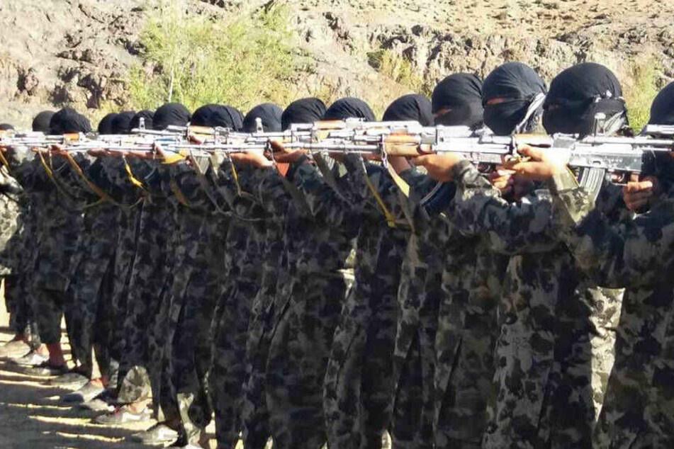 Fünf Jahre lang soll der deutsche Staatsbürger für die Taliban in Pakistan gekämpft (Symbolbild).