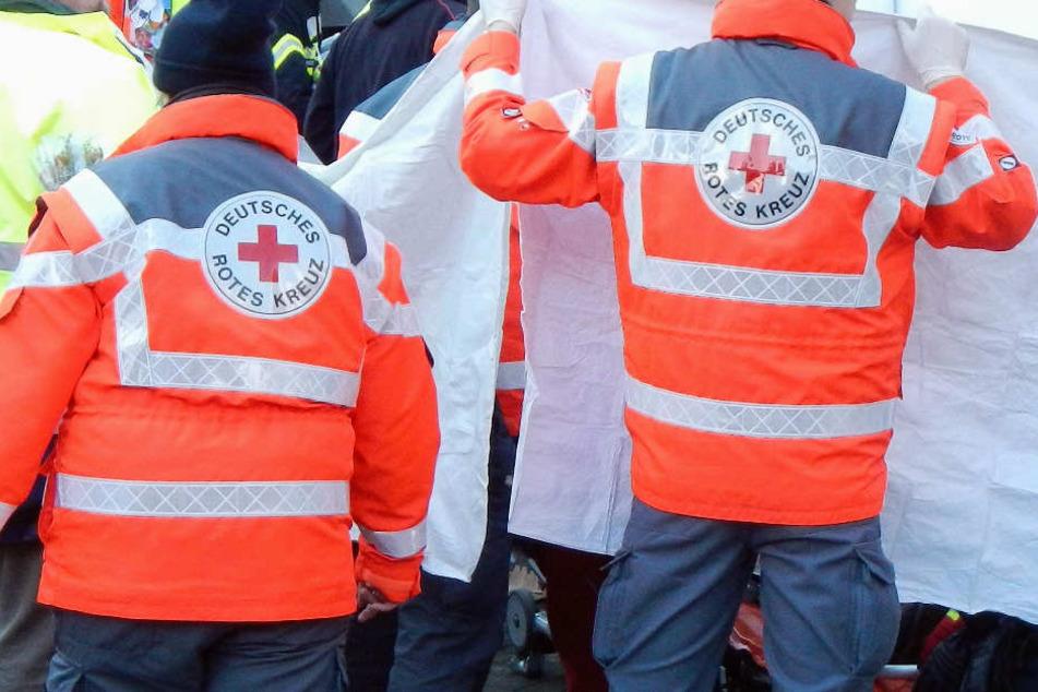 Der Rettungsdienst konnte dem 33-Jährigen nicht mehr helfen (Symbolbild).