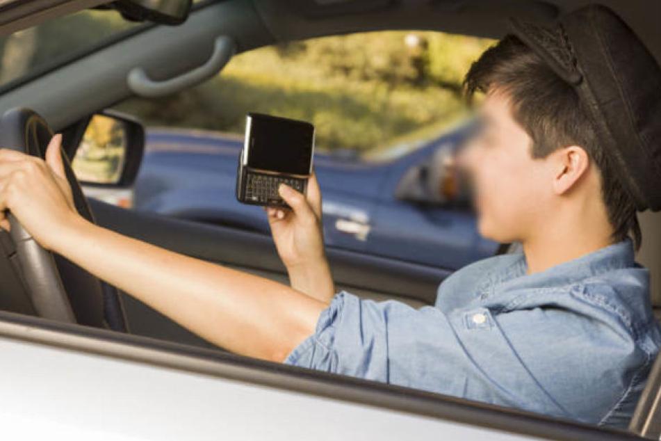 Ein 16-Jähriger schnappte sich die Autoschlüssel seiner Mutter und fuhr los. (Symbolbild)