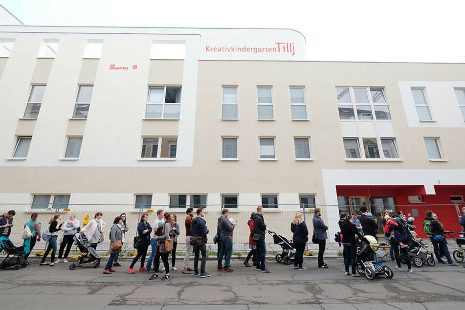 """Der Ansturm auf die Kita """"Tillj"""" in der Leipziger Südvorstadt ist in aller Munde. Nun will eine Eltern-Initiatice gegen die chaotischen Zustände protestieren."""