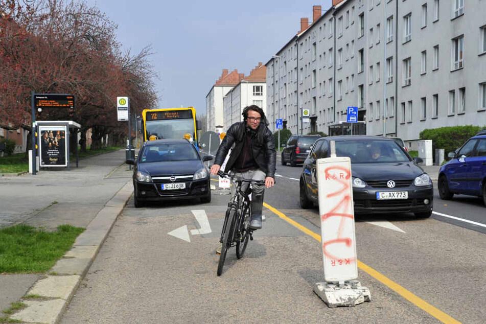 An Baustellen wie an der Lutherstraße wird es für Radfahrer besonders gefährlich.