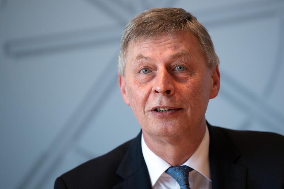 CDU-Landtagsfraktionschef Bodo Löttgen fordert ein besseres Impfmanagement bei den nächsten Altersgruppen.