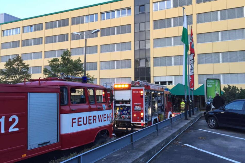 Die Feuerwehr rückte an der Feldi-Brauerei an.