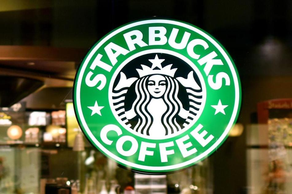Starbucks sorgte schon wieder für Ärger. Dieses Mal war die Polizei betroffen.