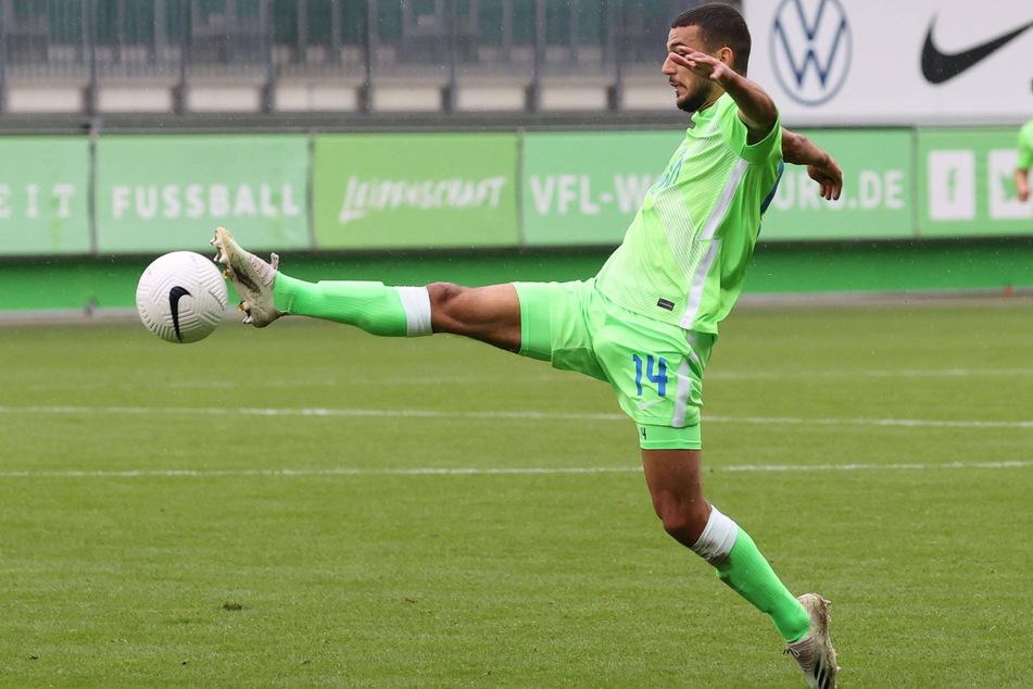 """Soufiane Messeguem (20) im Trikot des VfL Wolfsburg, für dessen """"U23"""" er zuletzt in der Regionalliga kickte. In der kommenden Saison trägt der Sechser nun das Auer Dress."""