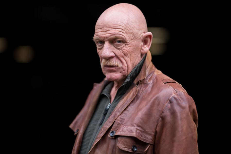 Der Schauspieler Joe Bausch (65) bei Dreharbeiten zu einem Tatort (Archivbild).