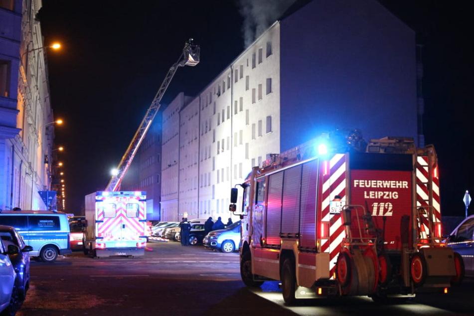 In einer Wohnung an der Brandvorwerkstraße in Leipzig ist es Samstagnacht zu einem Brand gekommen.
