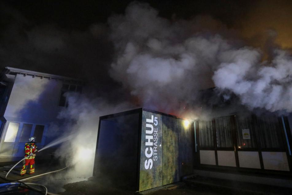 Riesiger Schaden! Realschule bleibt nach Brand geschlossen