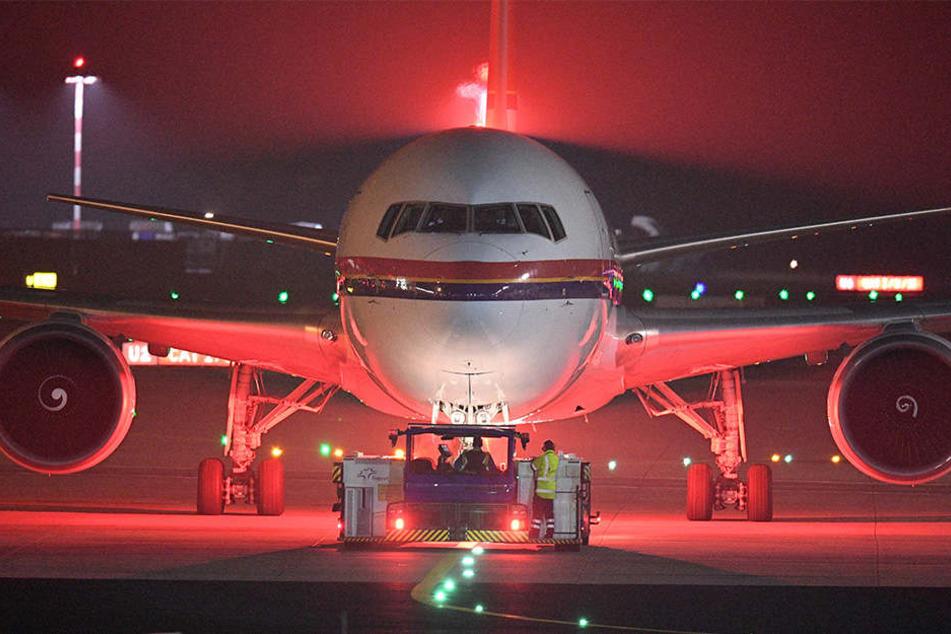 Aufgrund eines angeblichen Behördenfehlers muss ein abgeschobener Afghane wohl mit einem der nächsten Flieger nach Deutschland zurückkommen.