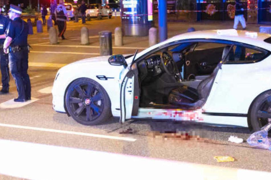 Das Auto, in dem Dariusch F. saß, ist blutüberströmt. (Archivbild)