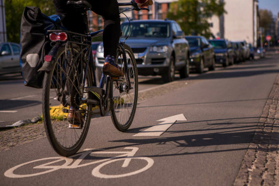 Unsicherheitsfaktor Radweg: An jeder Kreuzung kommt es zu Konflikten mit den Autofahrern.