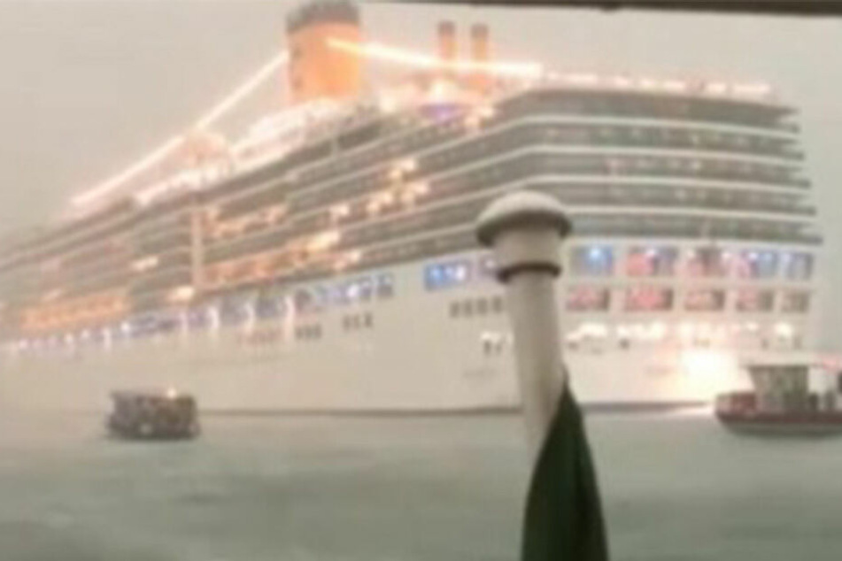 Unwetter in Venedig: Kreuzfahrtschiff entgeht knapp Katastrophe