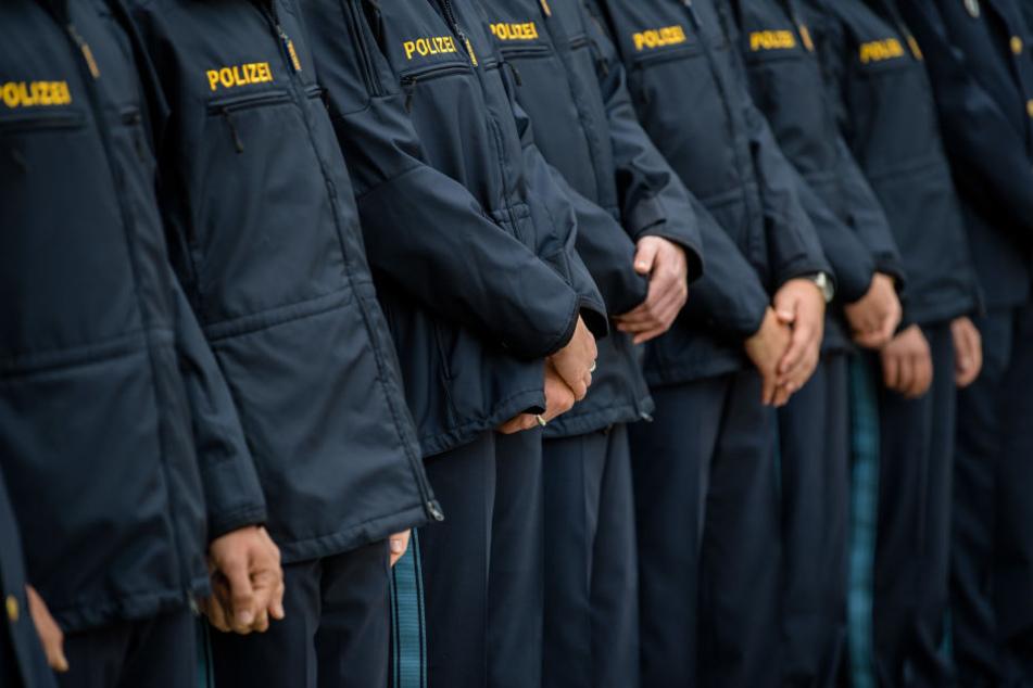 Die Polizisten müssen immer noch auf ihre Toiletten warten. (Symbolbild)