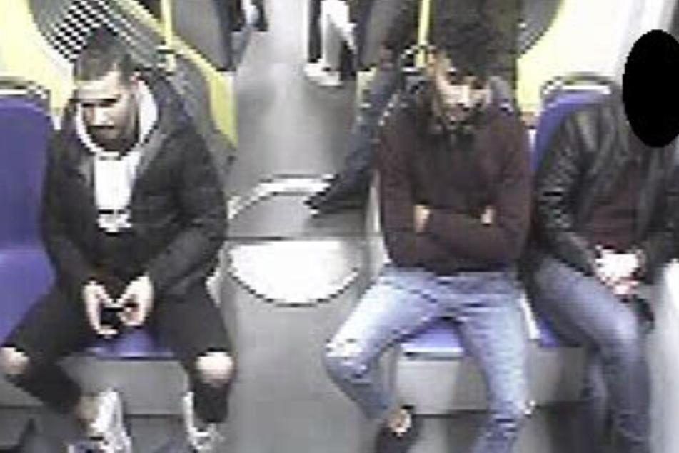 Senior brutal überfallen: Wer kennt diese beiden Männer?
