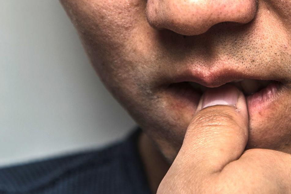 Jahrelang kaute ein Brite schon auf seinen Fingernägeln herum. Mit einem Mal wurde er davon krank.