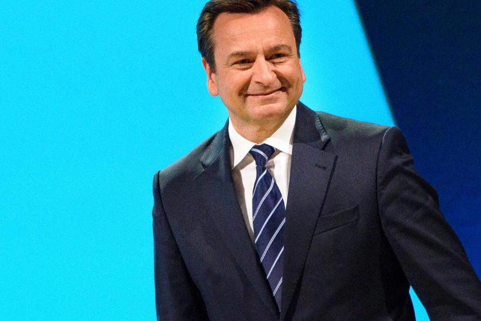 Vorstandschef von Munich Re, Joachim Wenning, ist mit der Zwischenbilanz zufrieden.