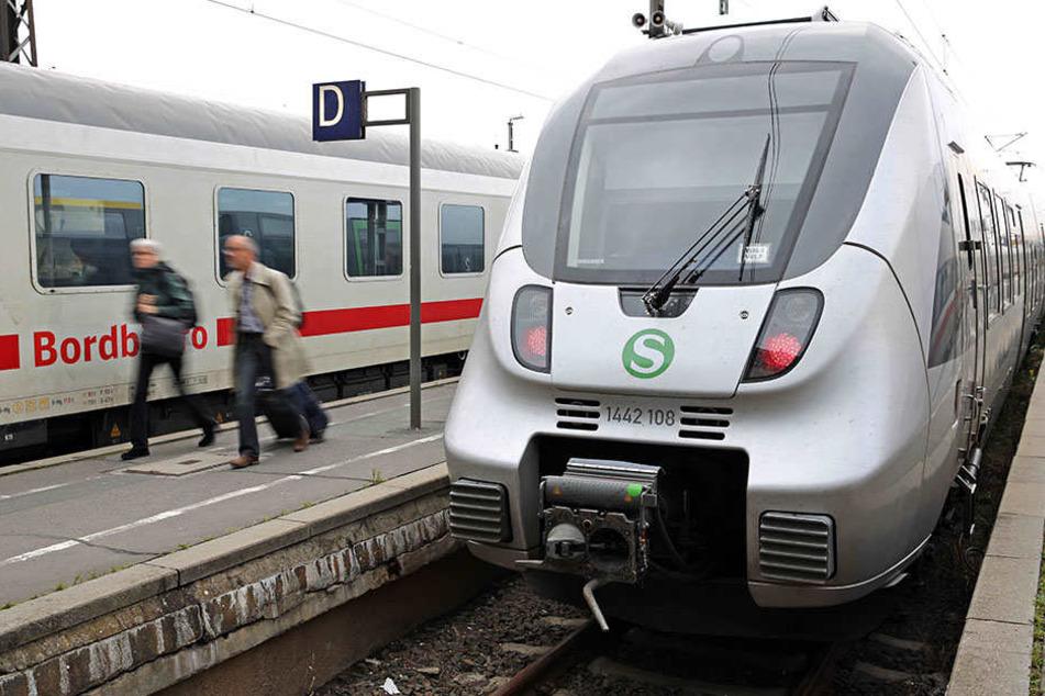 Wurde die S-Bahn mit einer Luftdruckpistole beschossen? (Symbolbild)