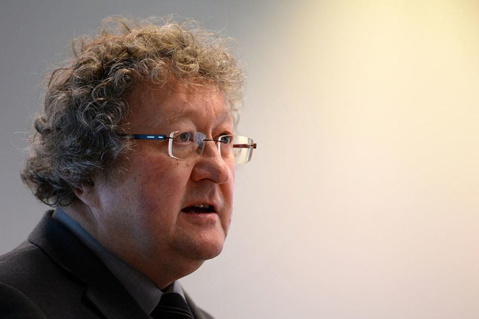 Werner Patzelt wird seit langem aus dem linken Spektrum für seine angeblichen Pegida-Sympathien kritisiert.