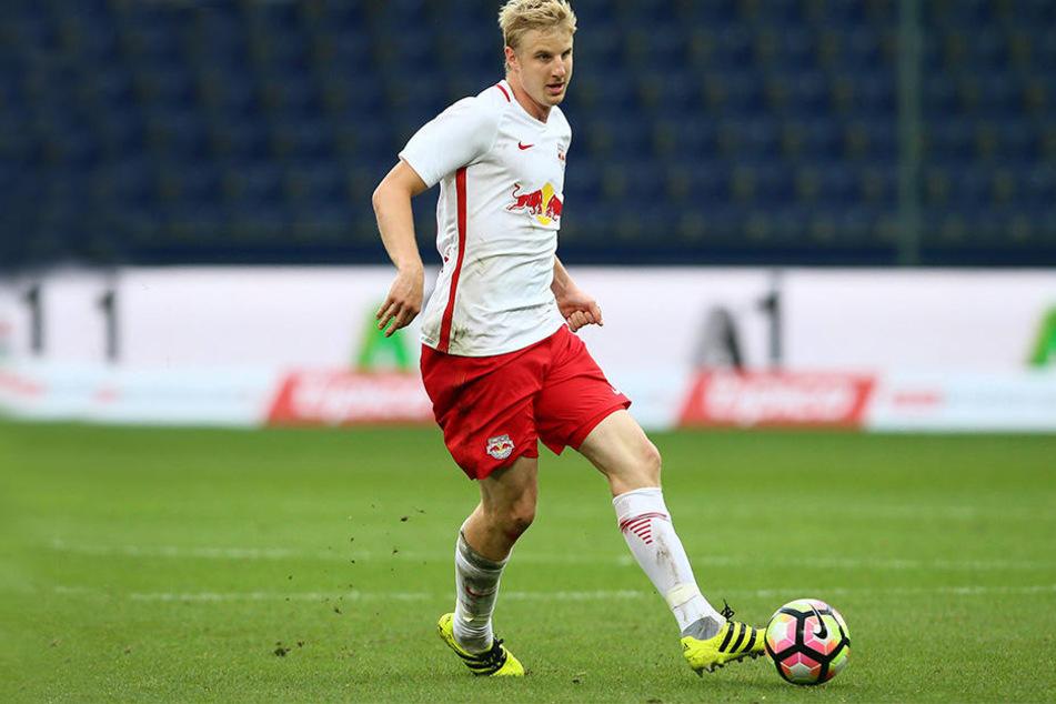 """""""Im Endeffekt sind es zwei Klubs, aber alles wird aus Salzburg wegdirigiert"""", kritisierte Hinteregger RB Leipzig."""