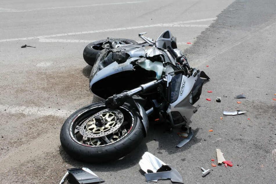 Das Motorrad (Symbolbild) wurde bei dem Unfall schwer beschädigt.