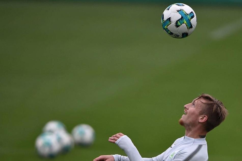 Den Ball fest im Blick. Marvin Stefaniak kämpfte sich zuletzt mit guten Trainingsleistungen wieder näher an die Bundesliga-Elf des VfL heran.