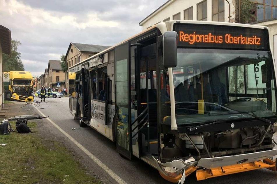 Die Polizei konnte keine genaueren Angaben über den Unfall machen.