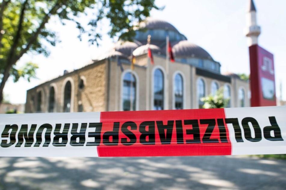 """Verdächtiger Brief in Moschee: """"Rechtsextremistischer Inhalt"""" gefunden"""