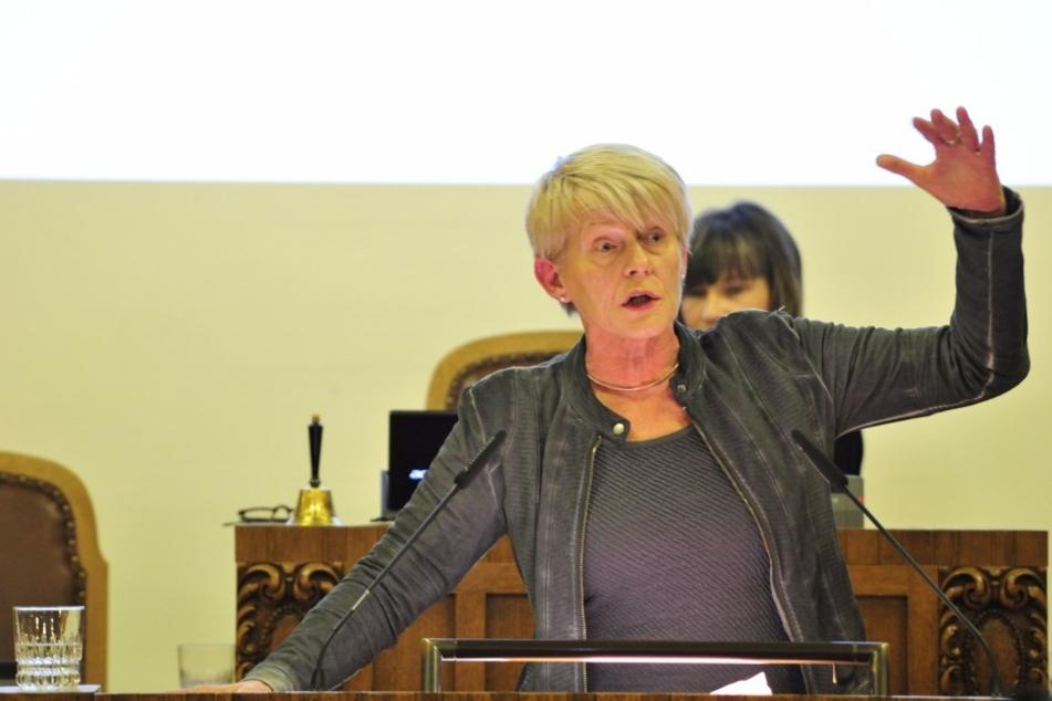 Grünen-Chefin Petra Zais (59)
