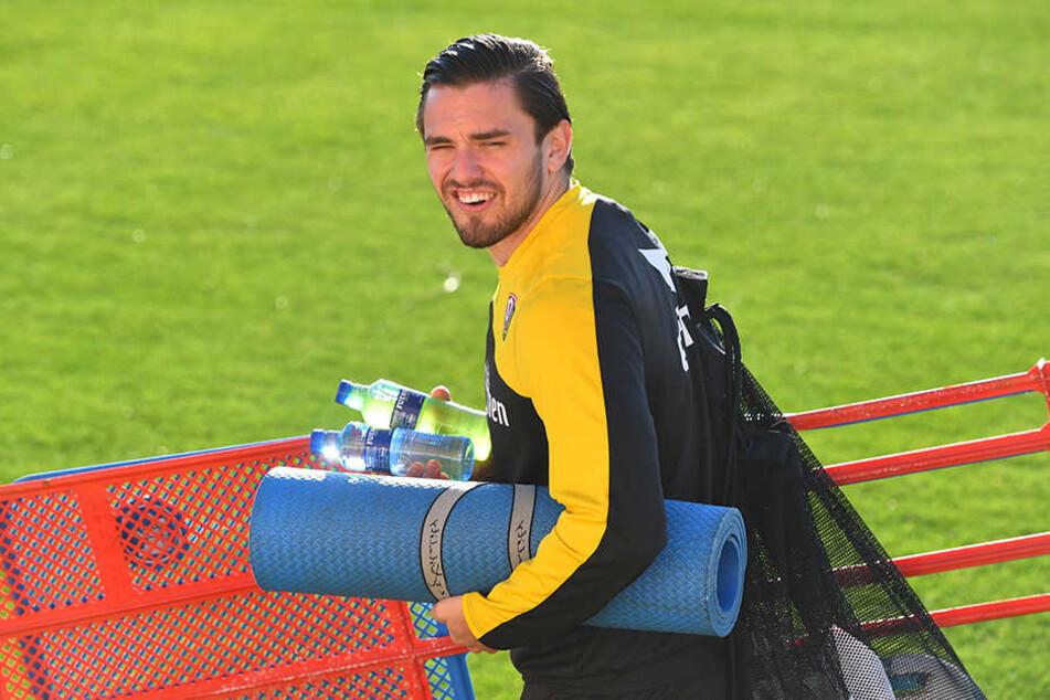 """Als Dynamo im Winter-Trainingslager in Spanien weilte, arbeitete """"Paco"""" an seiner Reha."""